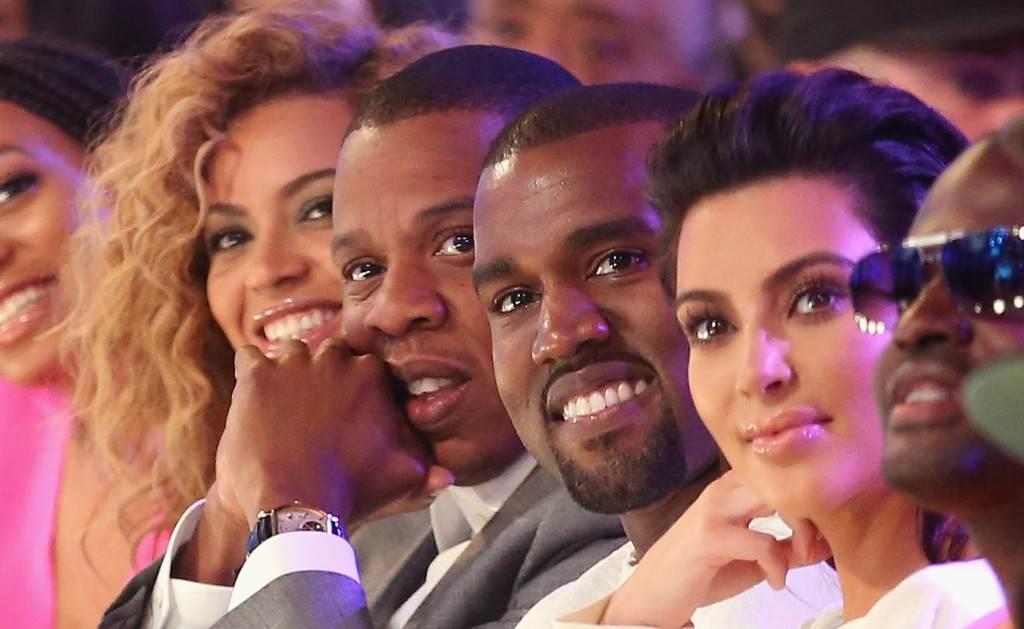 kad se kim kardashian počeo družiti s kanyeom
