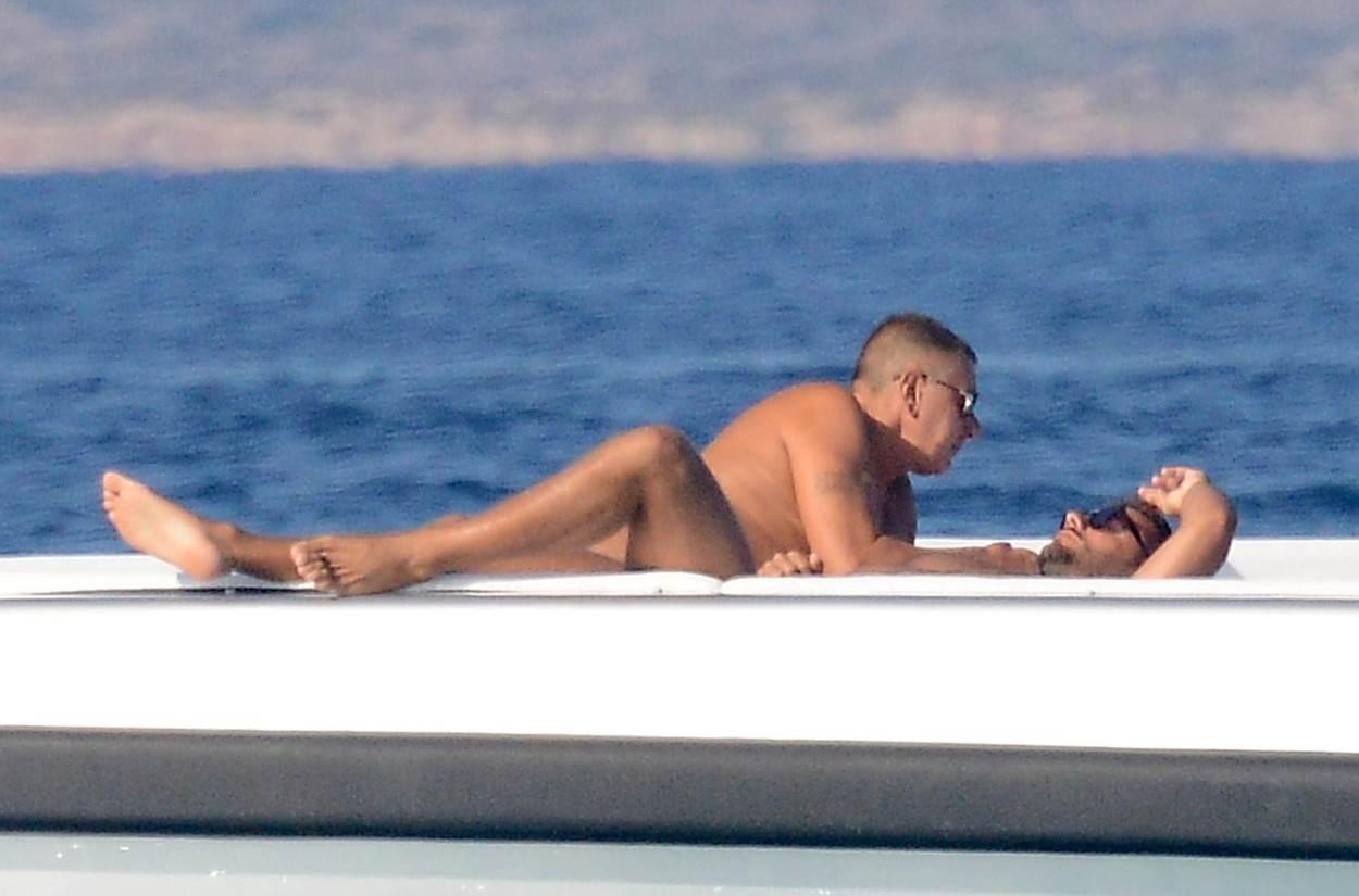 Stefano Gabbanna na odmoru s dečkom