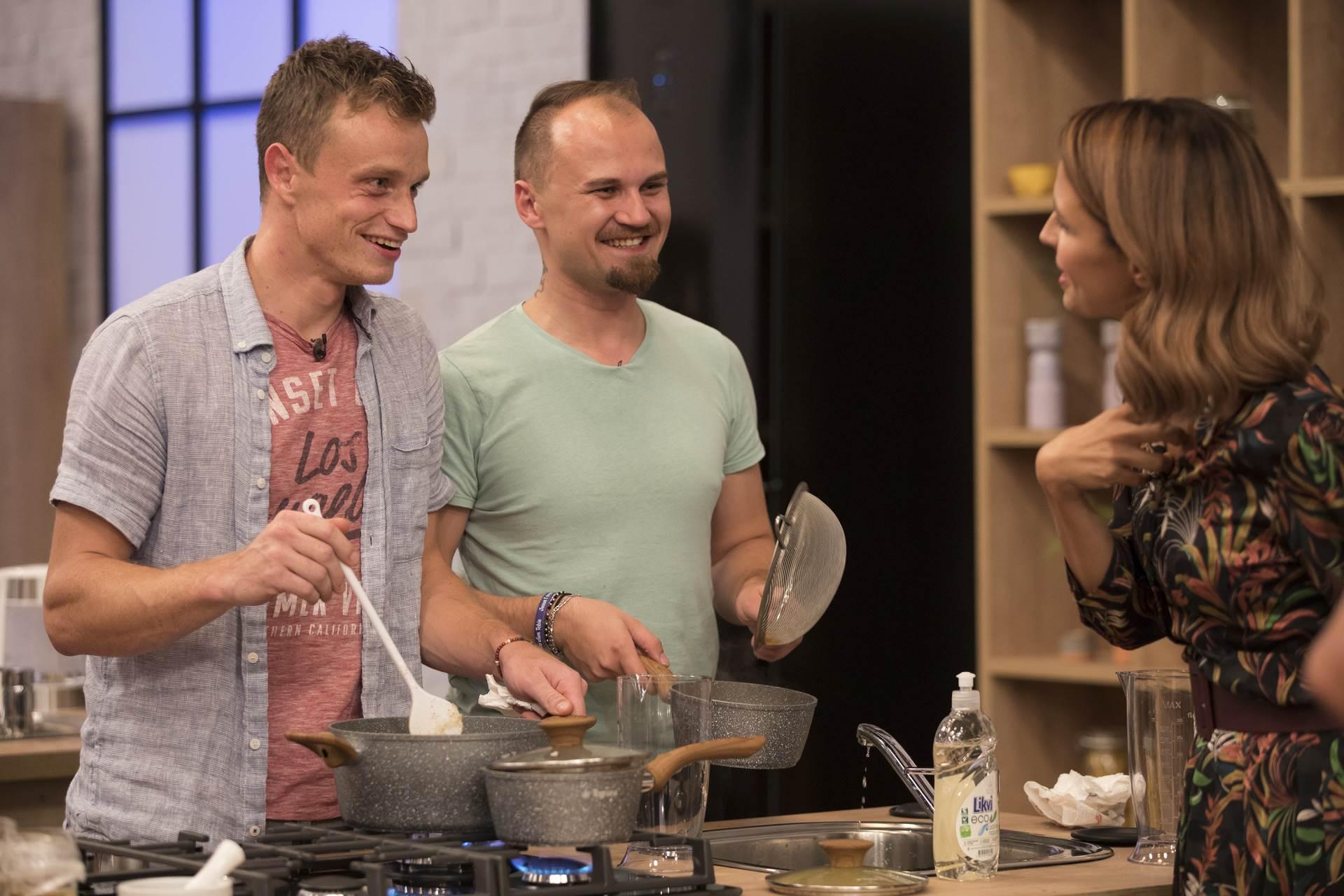 Show 'Tri, dva, jedan - kuhaj!'