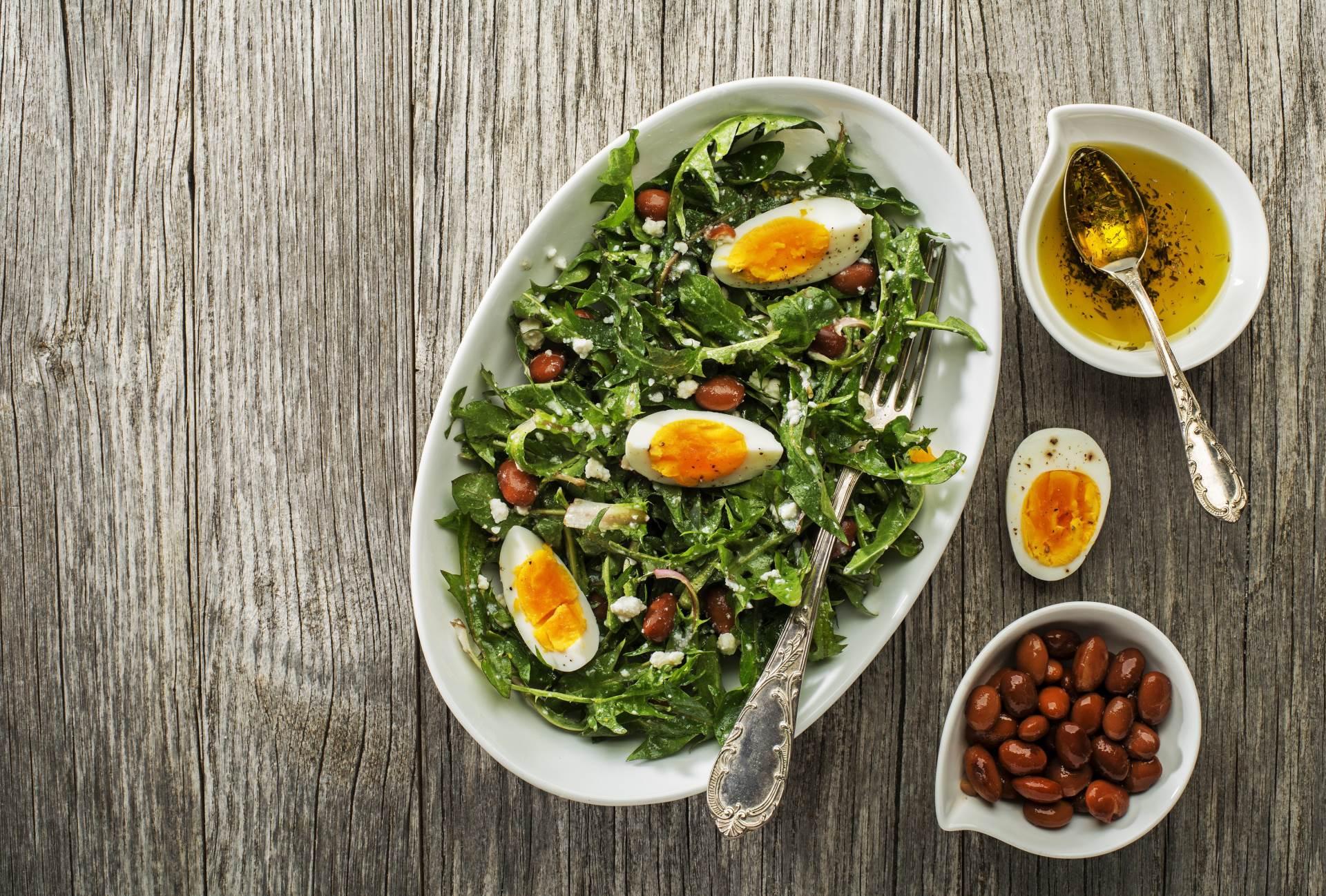 Salata od maslačka s jajima