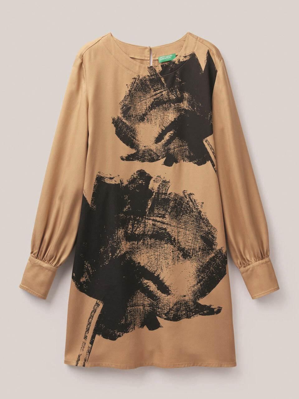 United Colors of Benneton, haljina, 619 kn (cijena bez popusta, popust se obračunava prilikom kupnje)