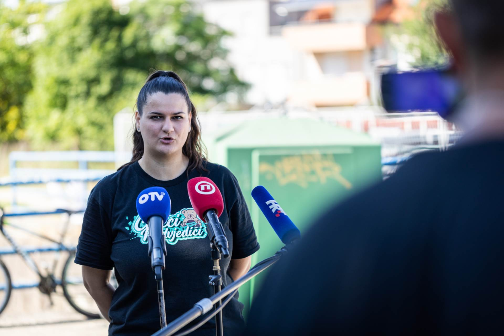 Ivana Leskur, Čisteći medvjedići
