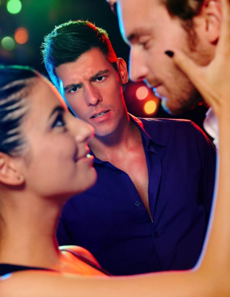 kako znate da li vam se momak sviđa nakon pretrage izlazak s kineskom ženom