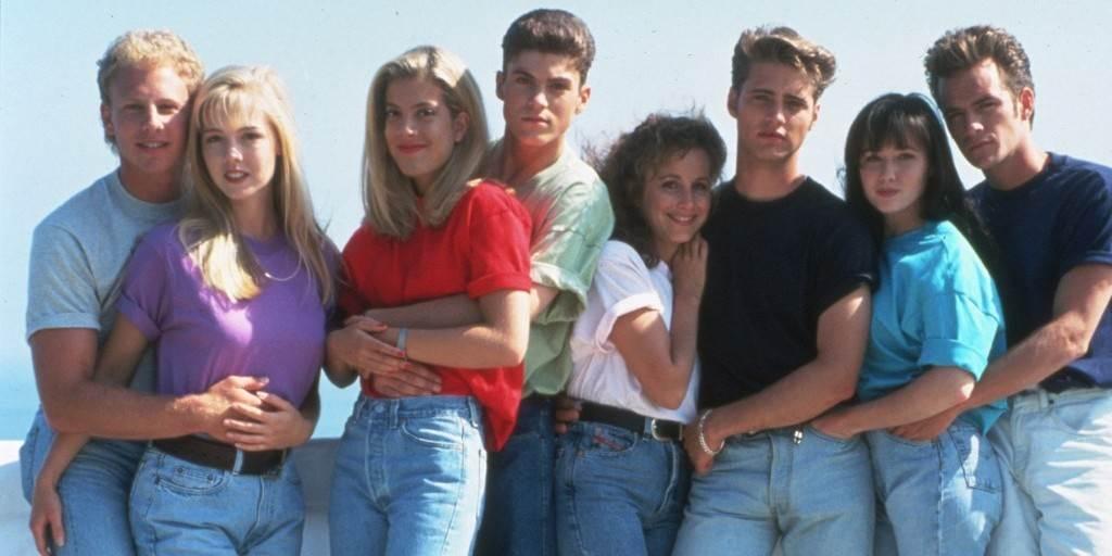 Upoznavanje članova iz 90210 članova wichita ks web mjesta za upoznavanje
