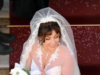 LADY GAGA PRED OLTAROM 'Ne mogu vjerovati da sam se udala'